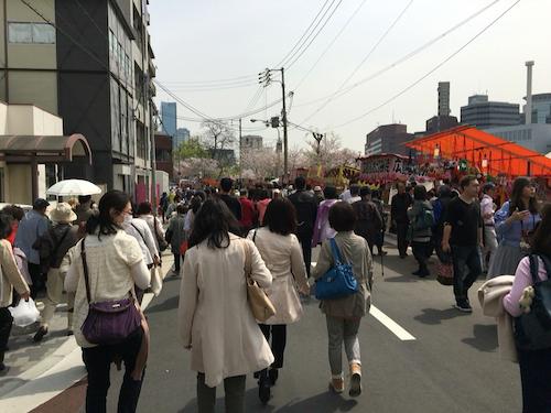 大阪造幣局前の屋台群