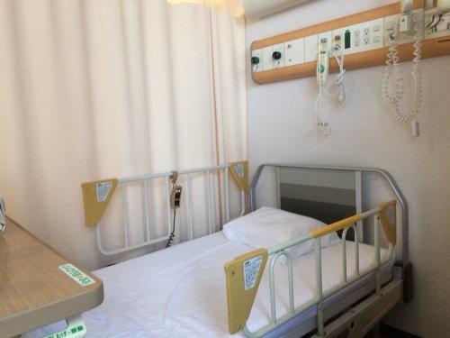 入院患者用ベッド